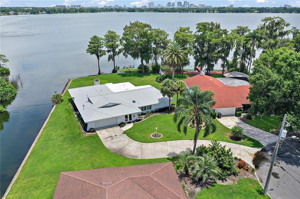 2205 LAUDERDALE COURT Property Photo - ORLANDO, FL real estate listing