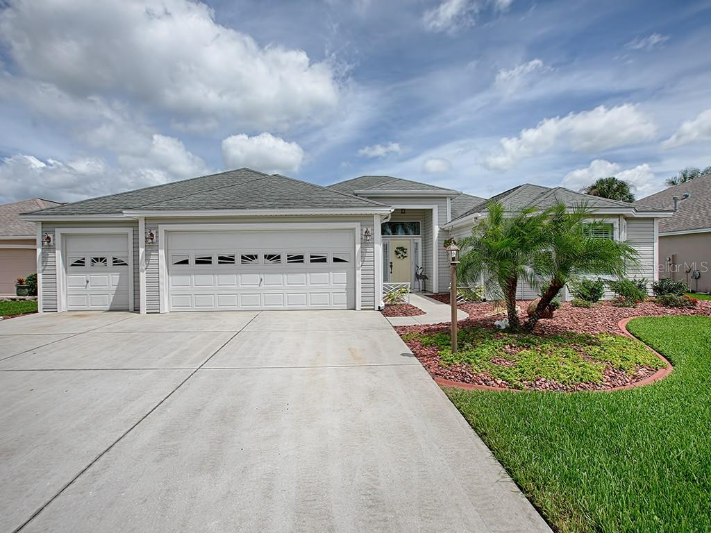 1731 TOWNSEND TERRACE Property Photo - THE VILLAGES, FL real estate listing