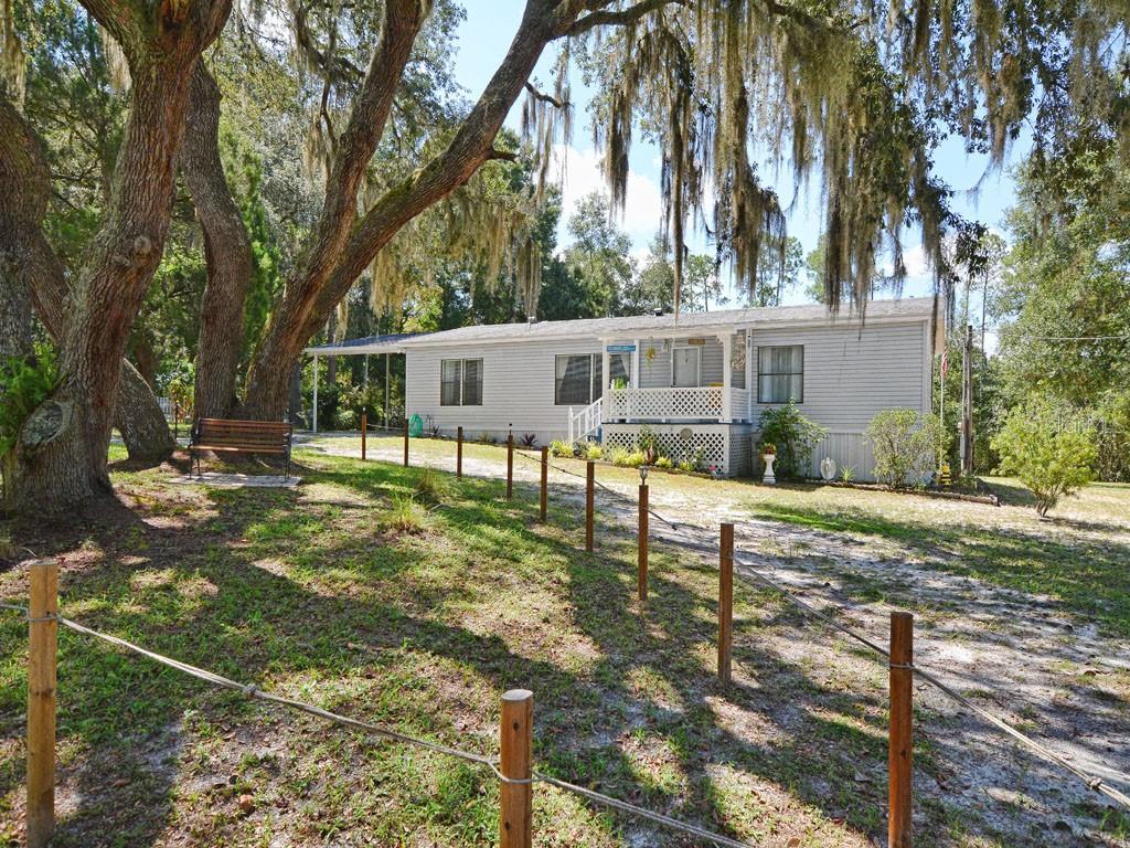 19930 AZALEA ROAD Property Photo - ALTOONA, FL real estate listing