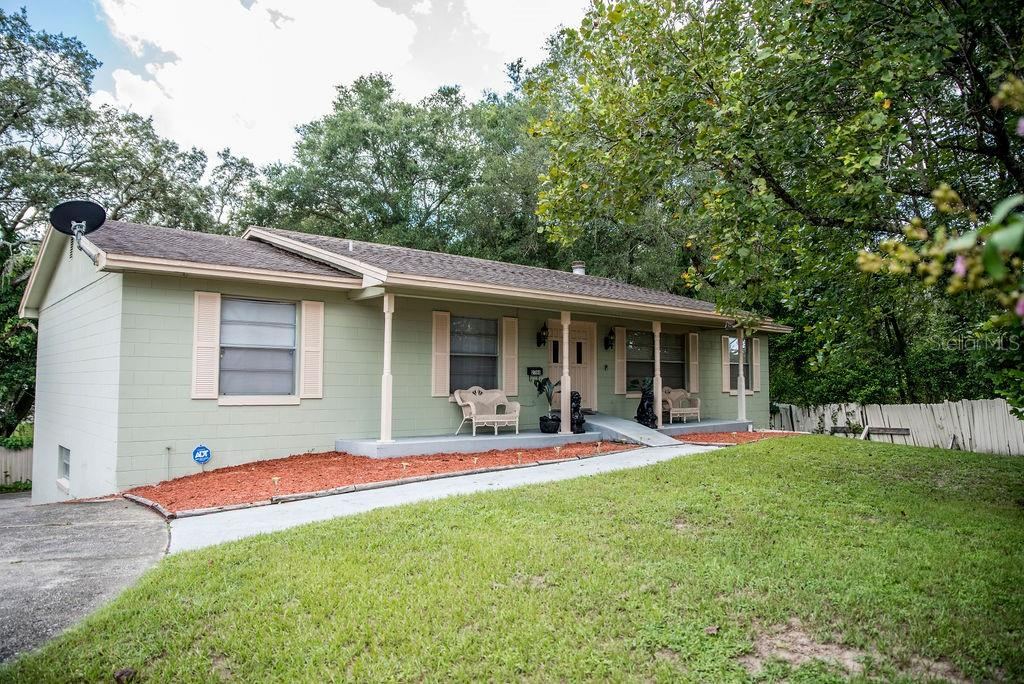 2366 Locke Avenue Property Photo