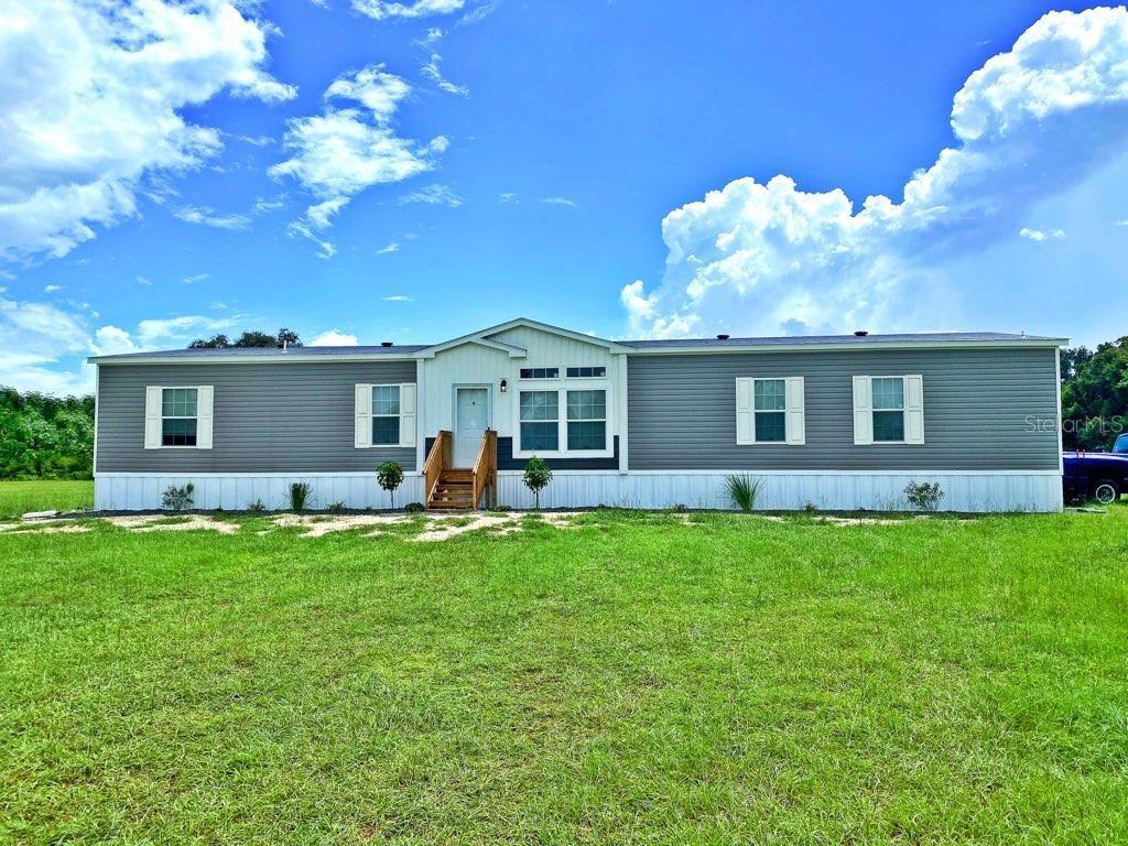 1815 CR 479 Property Photo - LAKE PANASOFFKEE, FL real estate listing