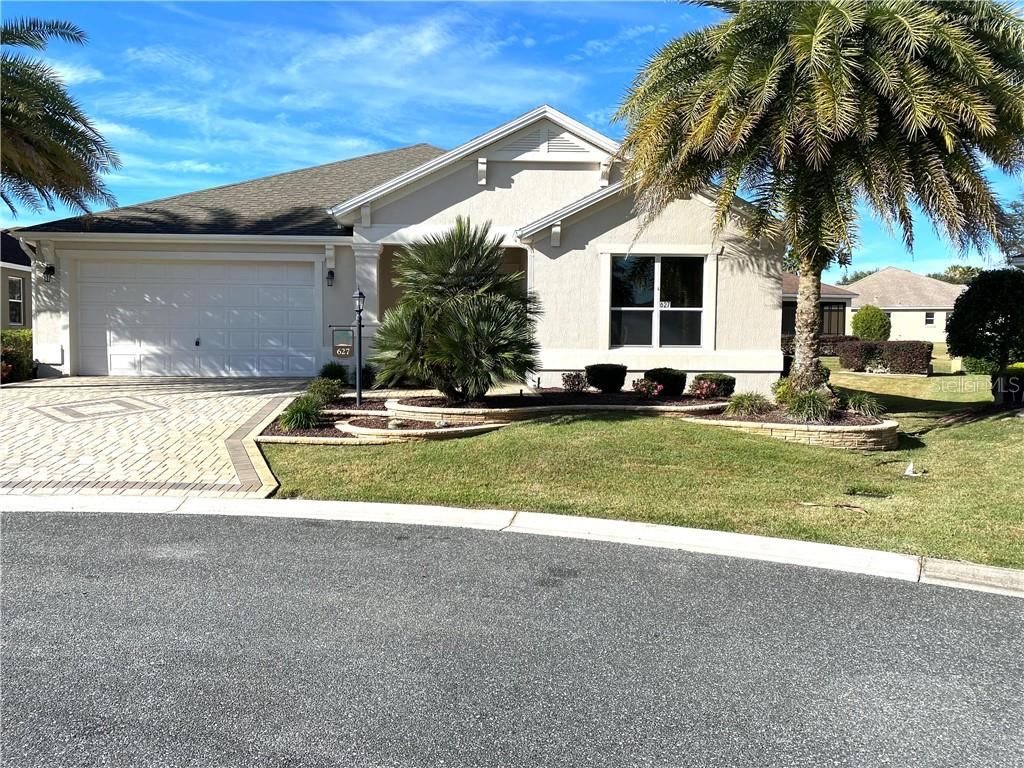 627 ARCOLA COURT Property Photo - THE VILLAGES, FL real estate listing