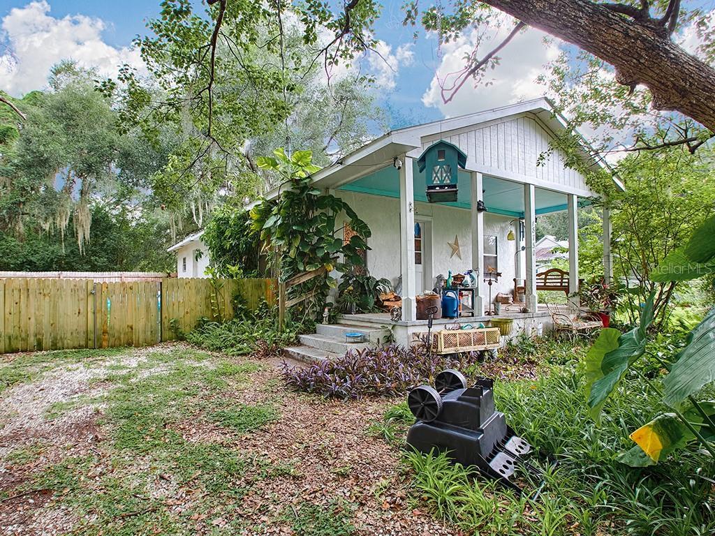 18750 REA WAY Property Photo - ALTOONA, FL real estate listing