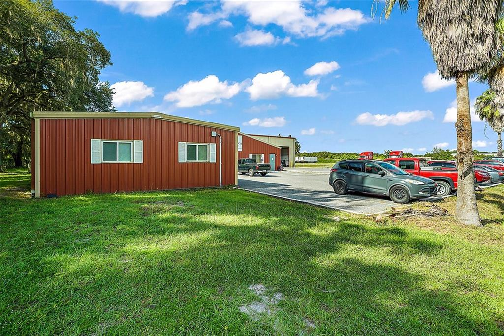 1935 CR 525E Property Photo - SUMTERVILLE, FL real estate listing