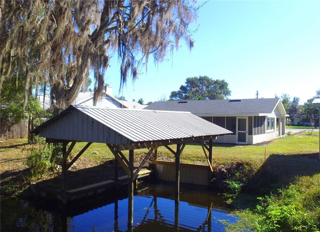 12005 VIRGINIA DRIVE Property Photo - LEESBURG, FL real estate listing