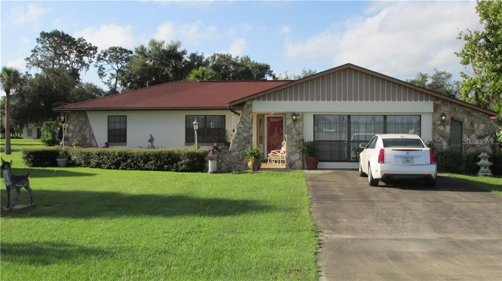 1193 CR 479 Property Photo - LAKE PANASOFFKEE, FL real estate listing