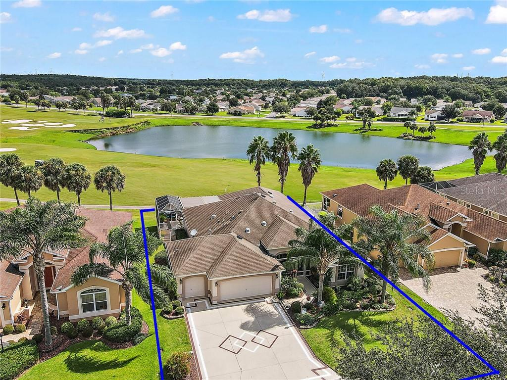 545 INNER CIRCLE Property Photo - THE VILLAGES, FL real estate listing