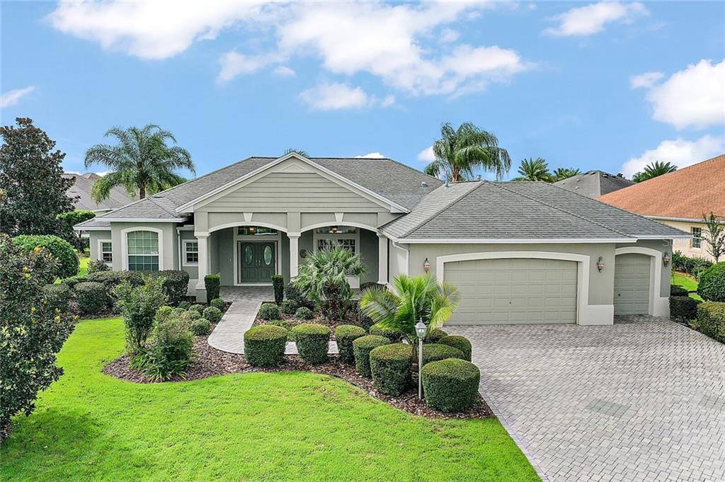 2350 PAWLEYS ISLAND PATH Property Photo - THE VILLAGES, FL real estate listing