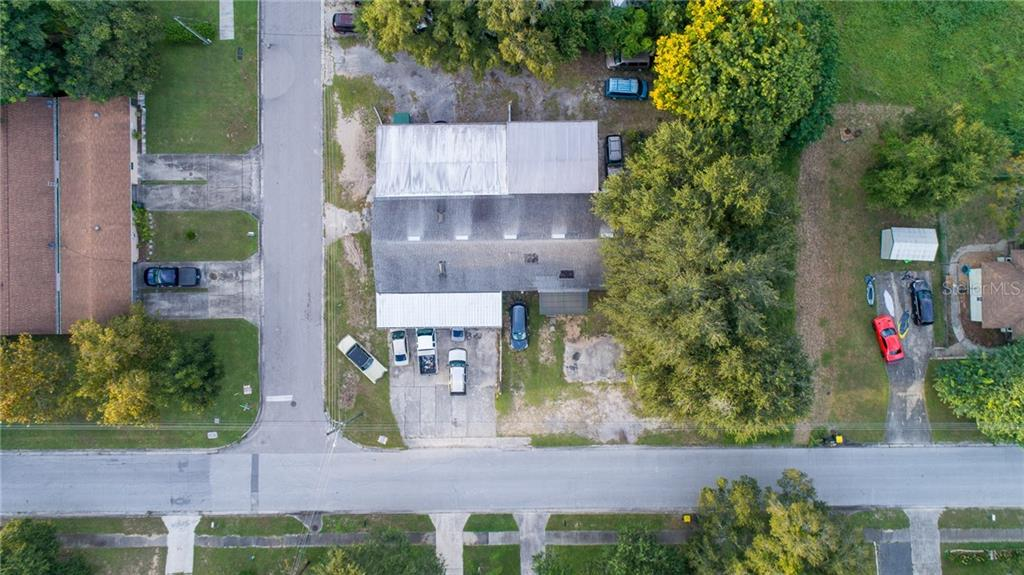 1098 W MONTROSE STREET Property Photo