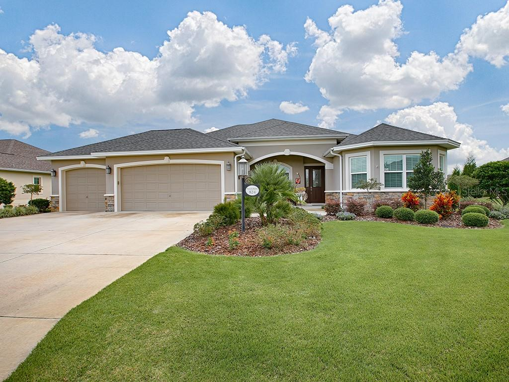 824 Regal Manor Lane Property Photo