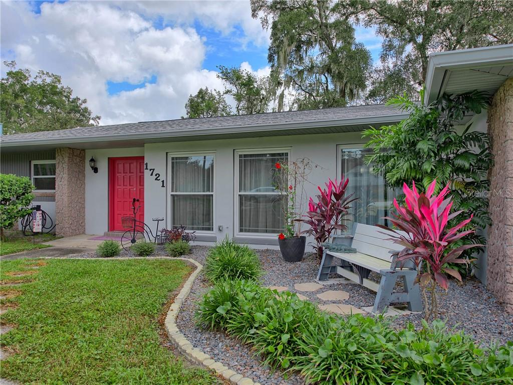 1721 Se 38th Avenue Property Photo