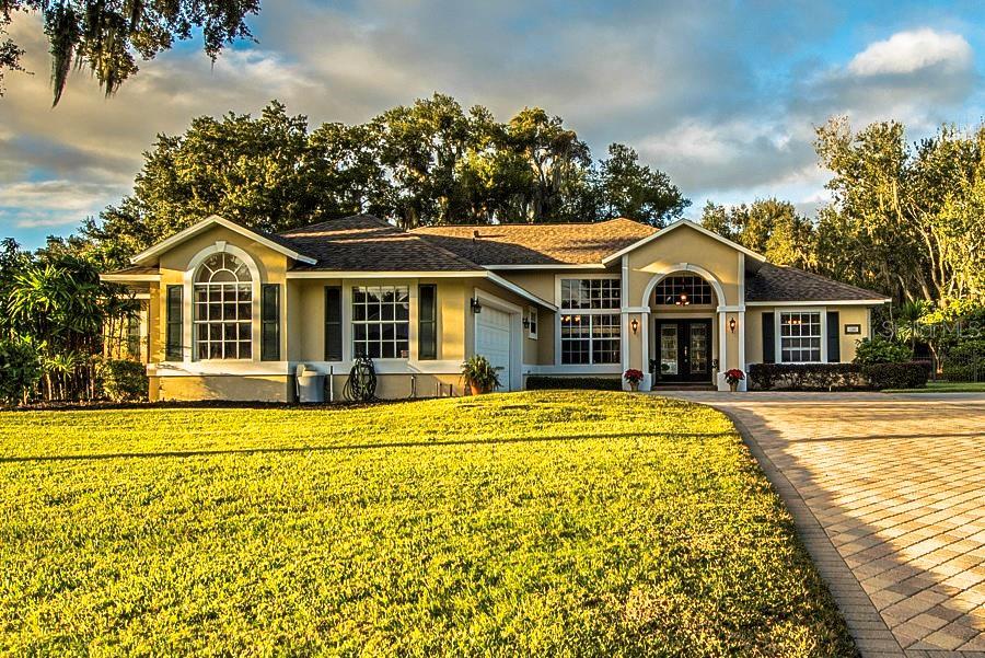 1380 W Lakeshore Drive Property Photo