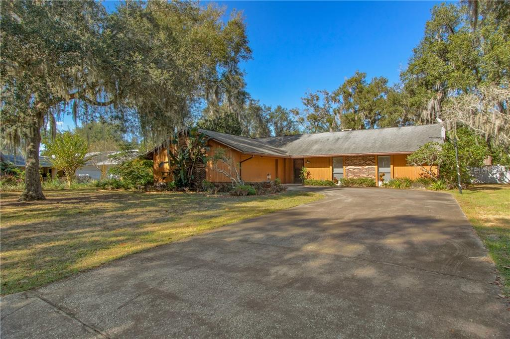 5413 ROYAL OAK DRIVE Property Photo - FRUITLAND PARK, FL real estate listing