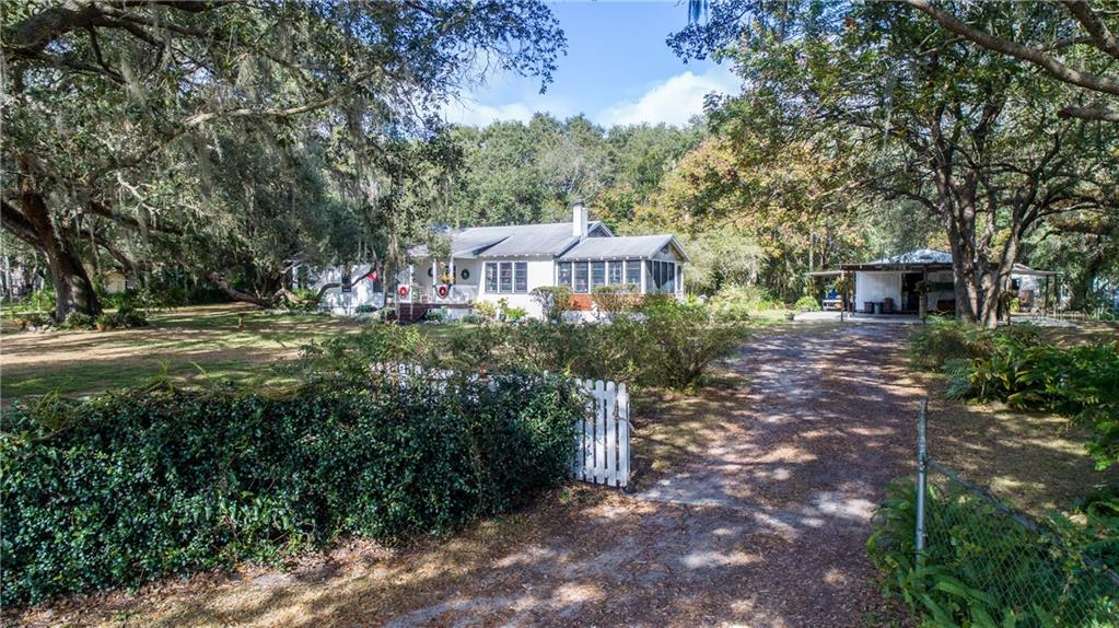 17075 SE HIGHWAY 42 Property Photo - WEIRSDALE, FL real estate listing