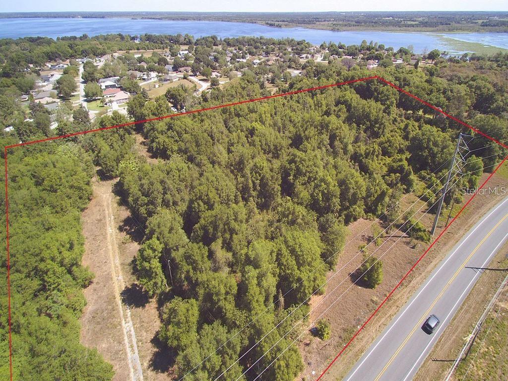 CR 44 Property Photo - GRAND ISLAND, FL real estate listing