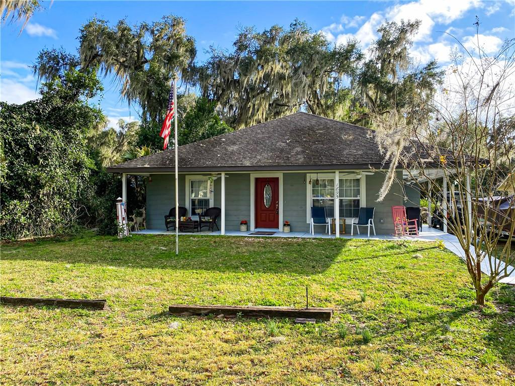 1895 COUNTY RD 439C Property Photo - LAKE PANASOFFKEE, FL real estate listing