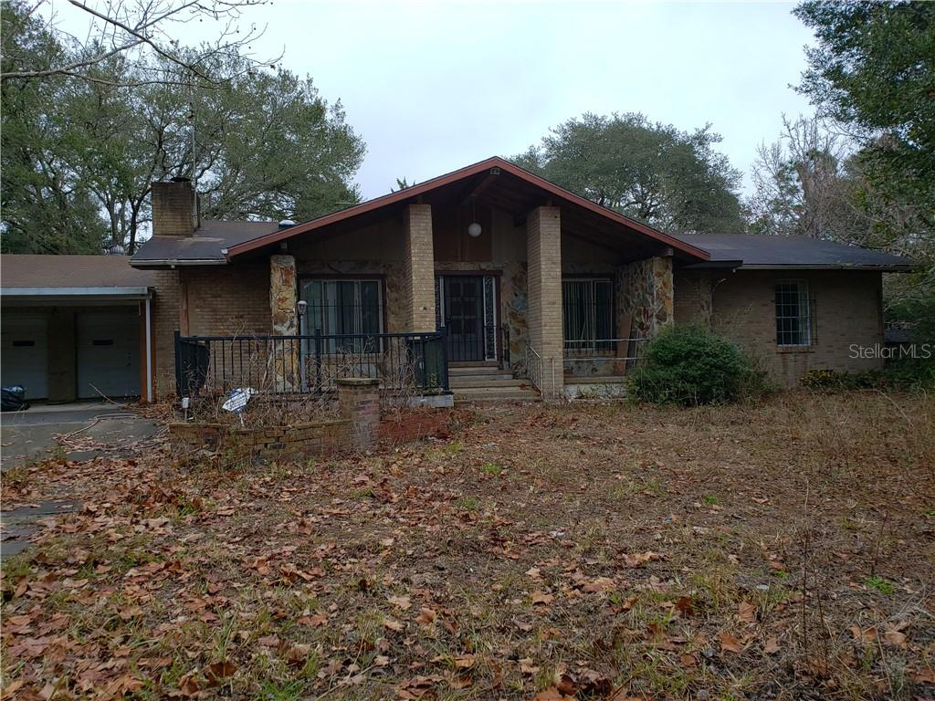 4429 Lake Griffin Road Property Photo