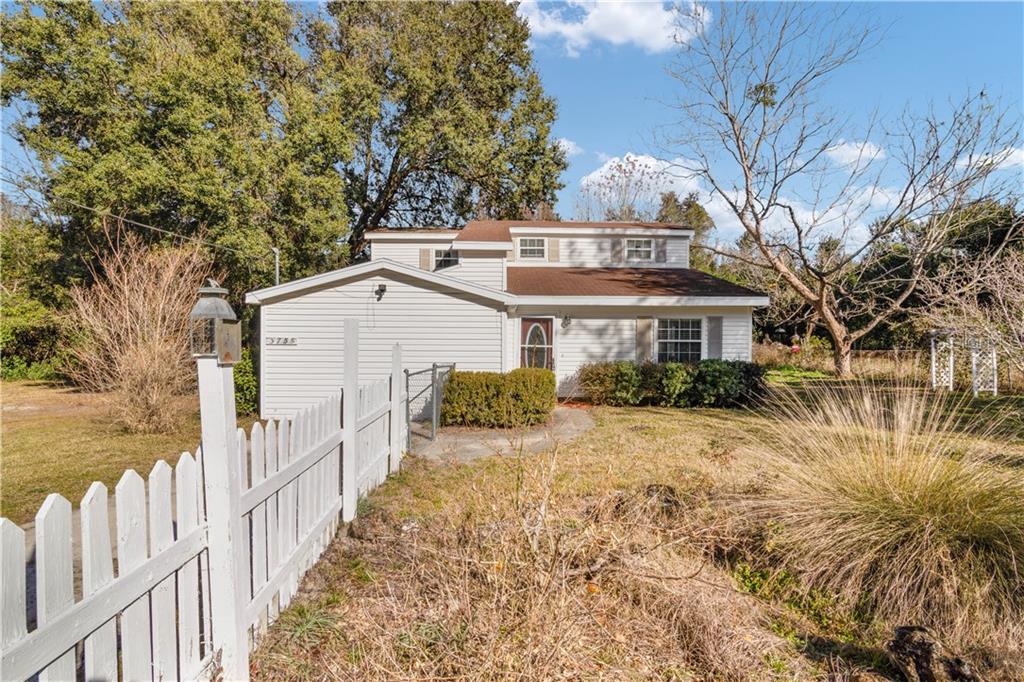 3755 Se 142nd Street Property Photo