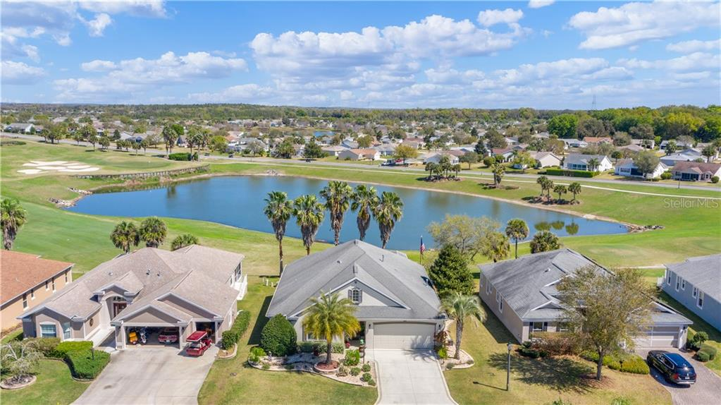 533 INNER CIRCLE Property Photo - THE VILLAGES, FL real estate listing