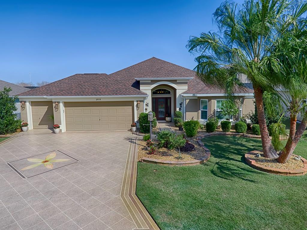 3919 ZENITH LOOP Property Photo - THE VILLAGES, FL real estate listing