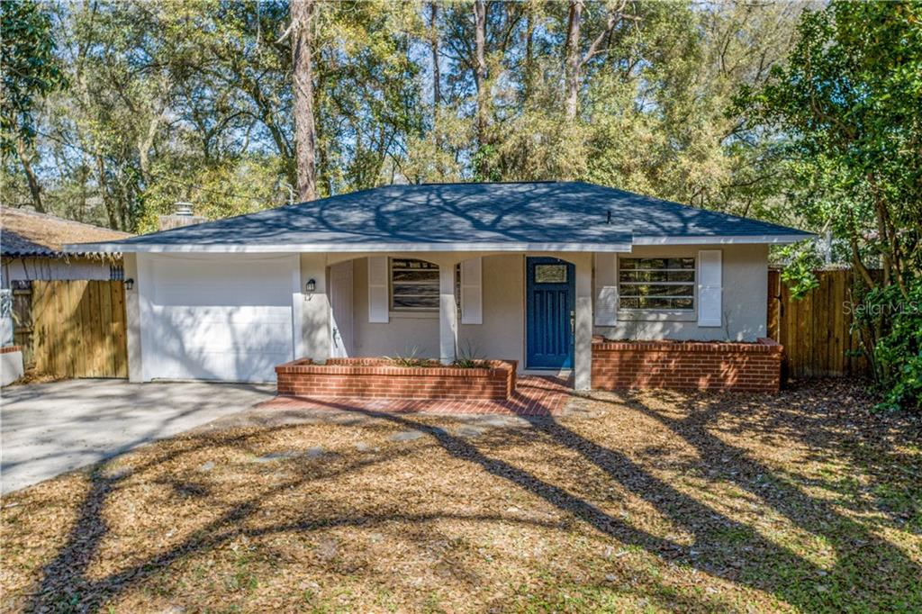 30504 ALPENA STREET Property Photo - MOUNT PLYMOUTH, FL real estate listing