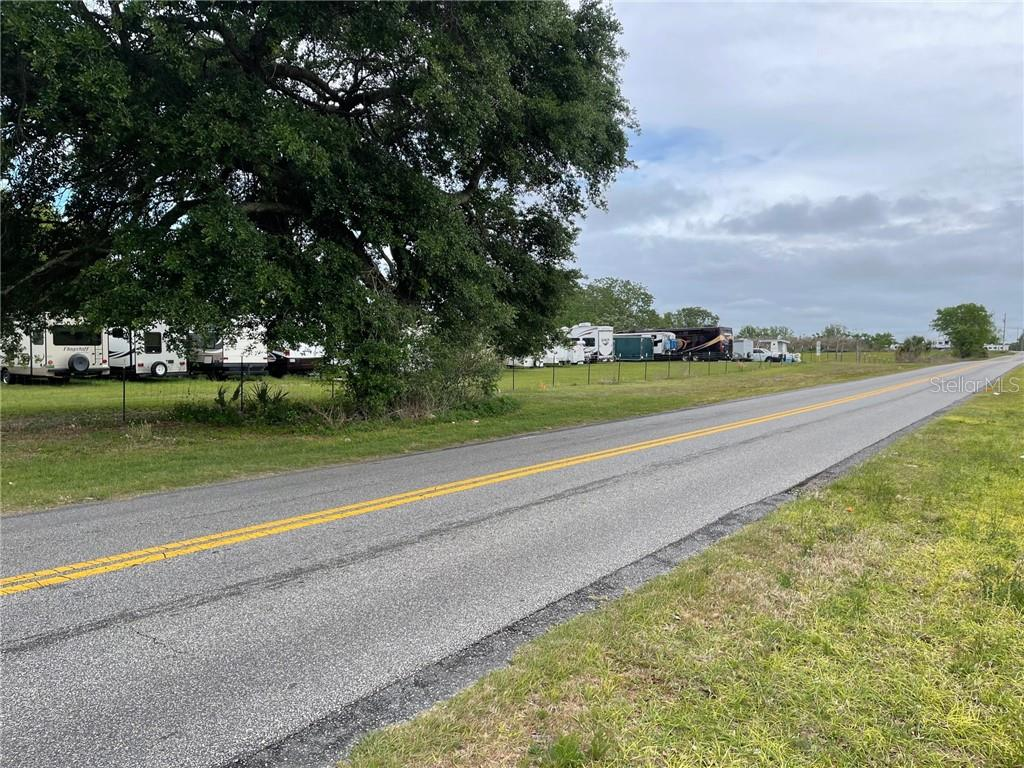 917 NE 82ND PLACE Property Photo - WILDWOOD, FL real estate listing