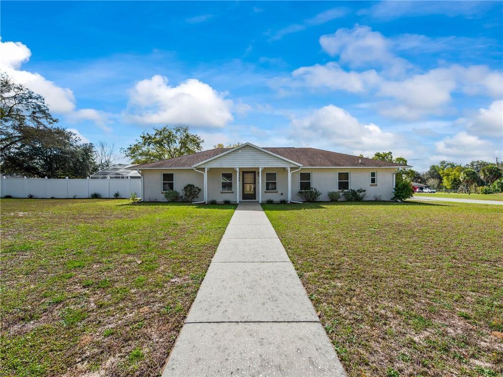 5048 Royal Oak Drive Property Photo