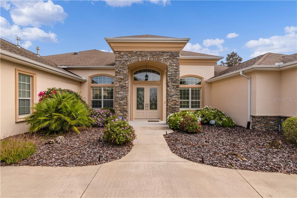2347 CLEARWATER RUN Property Photo - THE VILLAGES, FL real estate listing