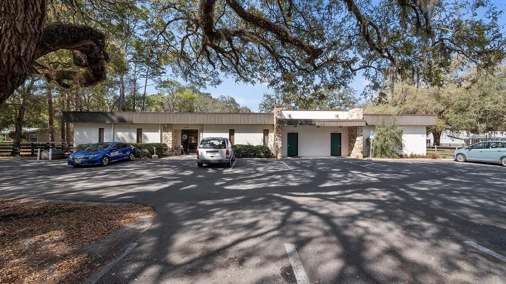 4418 S US 301 Property Photo - BUSHNELL, FL real estate listing