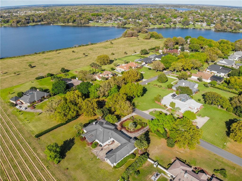 1737 Lake Terrace Drive Property Photo