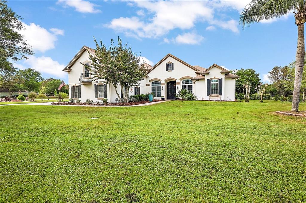 24135 MILFORD DRIVE Property Photo - EUSTIS, FL real estate listing