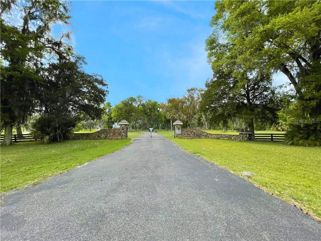 13303 W Highway 40 Property Photo 1