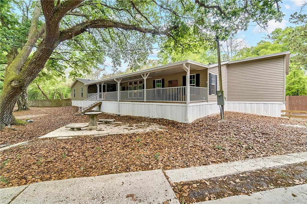 22603 COUNTY ROAD 561 Property Photo - ASTATULA, FL real estate listing