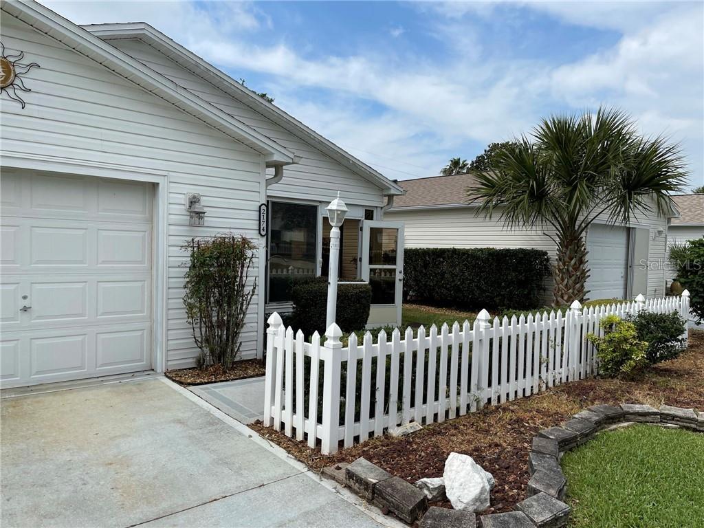 2174 Estevez Drive Property Photo