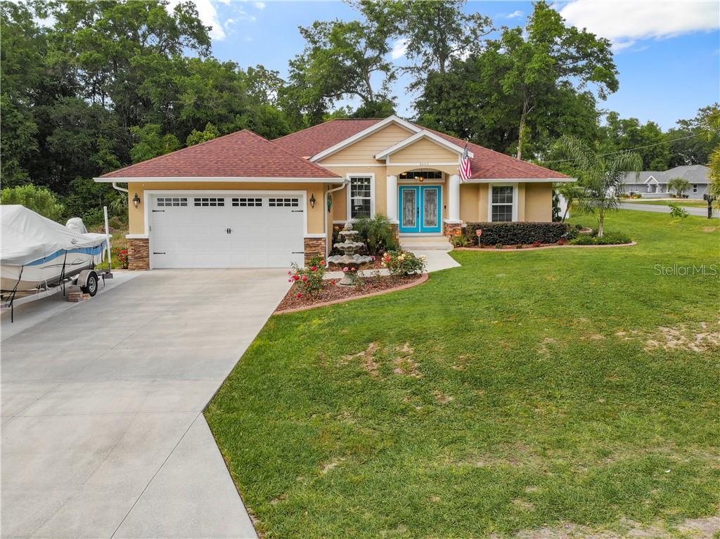 8469 Se 162nd Street Property Photo