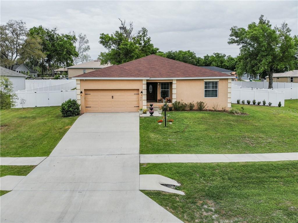 317 WOODS LANDING DRIVE Property Photo - LADY LAKE, FL real estate listing