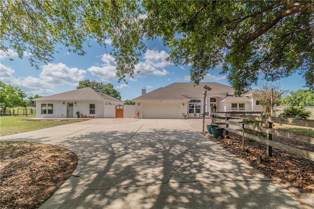 25420 ARUNDEL WAY Property Photo - SORRENTO, FL real estate listing