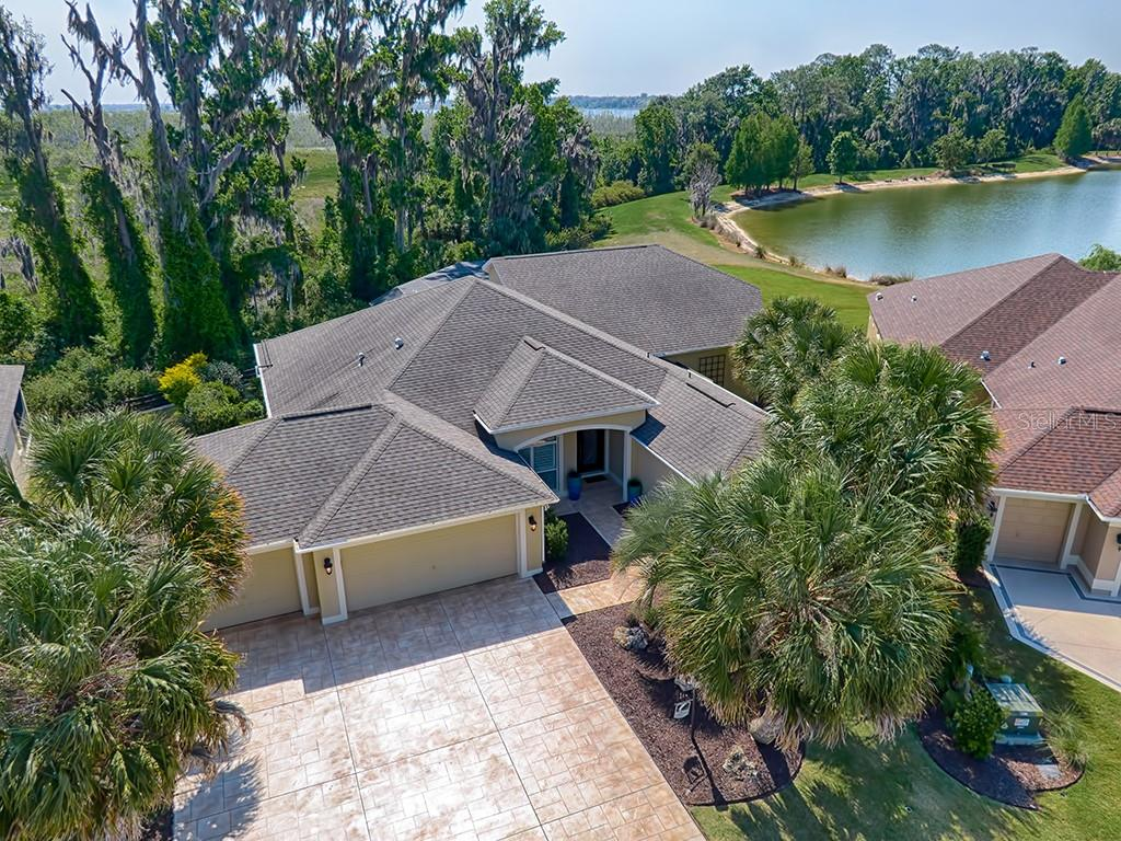3853 WINE PALM WAY Property Photo - THE VILLAGES, FL real estate listing