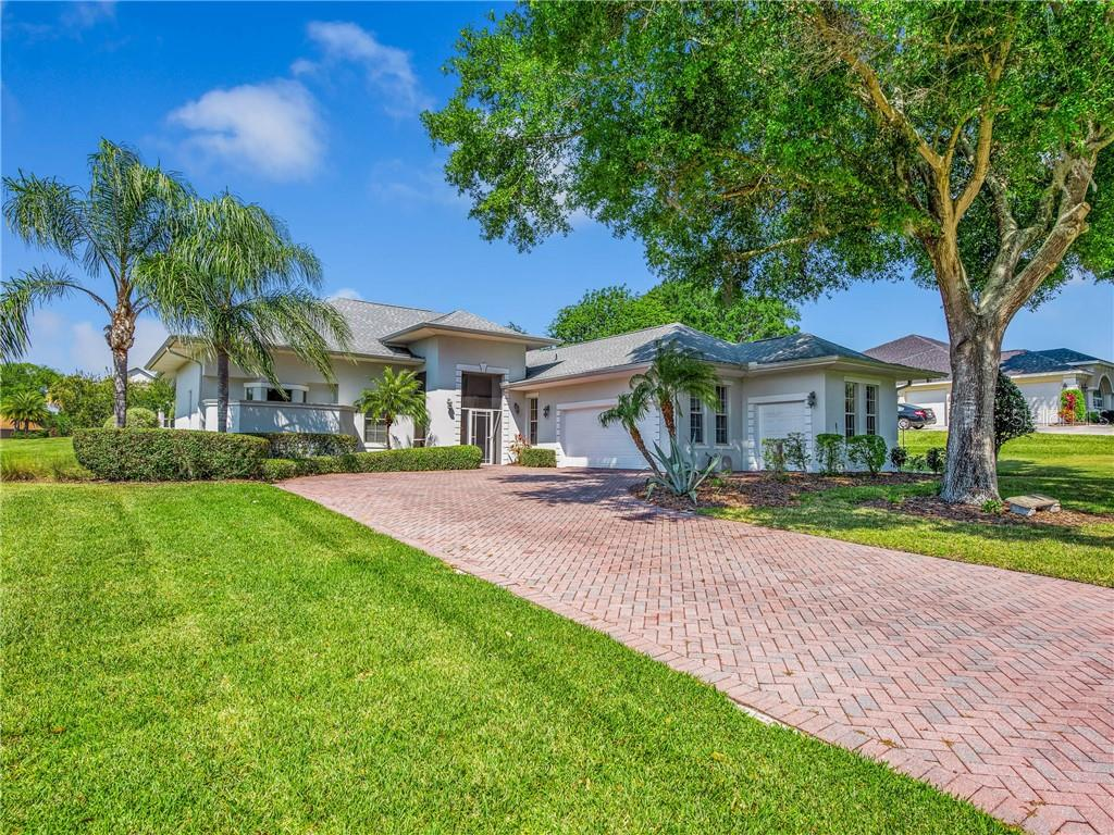 39145 TREELINE DRIVE Property Photo - LADY LAKE, FL real estate listing