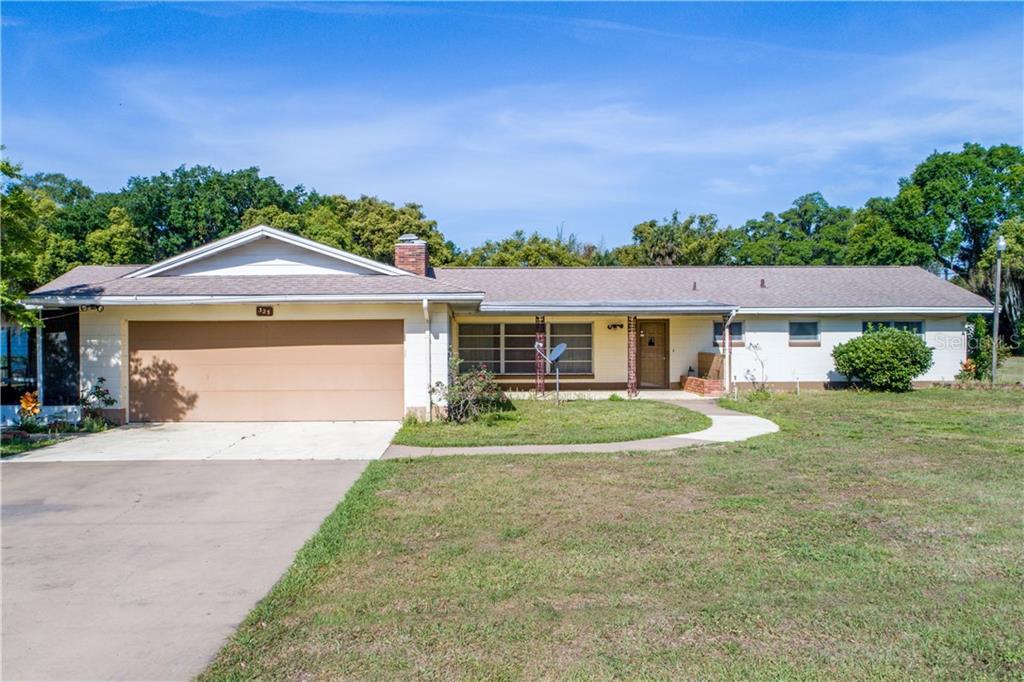 325 N TROWELL AVENUE Property Photo - UMATILLA, FL real estate listing