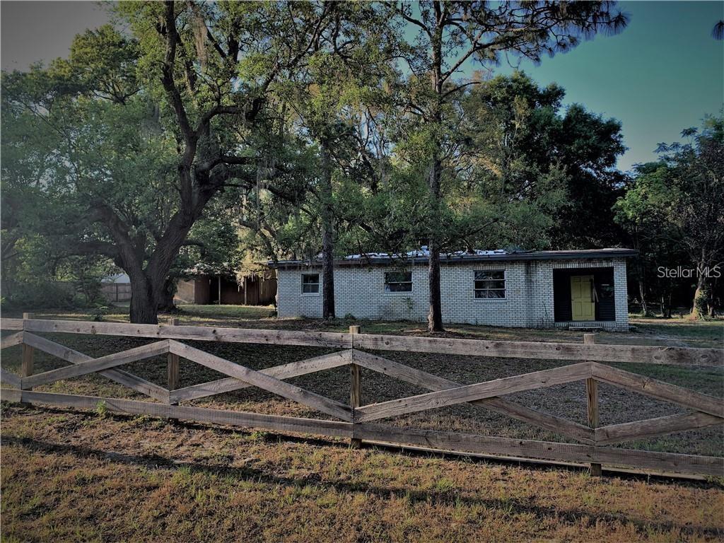 13409 DELAWARE AVENUE Property Photo - ASTATULA, FL real estate listing