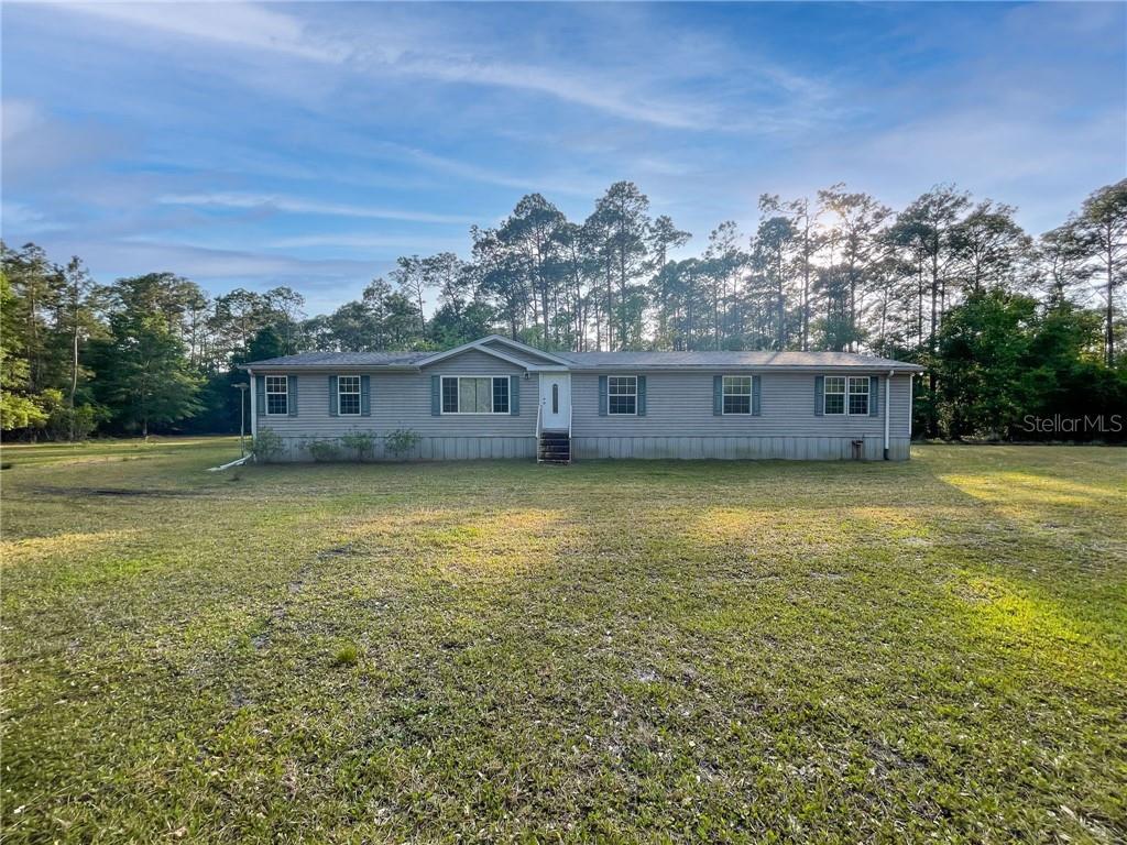 22928 STATE ROAD 40 Property Photo - ASTOR, FL real estate listing