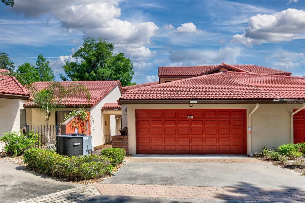 403 WATERWOOD DRIVE Property Photo - YALAHA, FL real estate listing