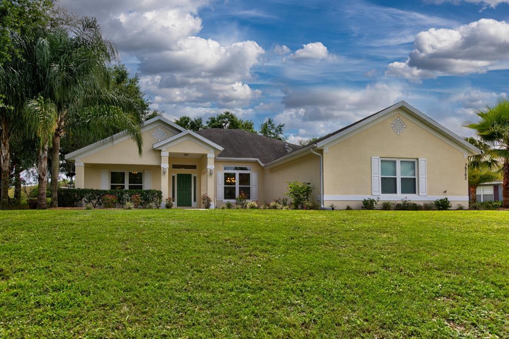 36702 BARRINGTON DRIVE Property Photo - EUSTIS, FL real estate listing