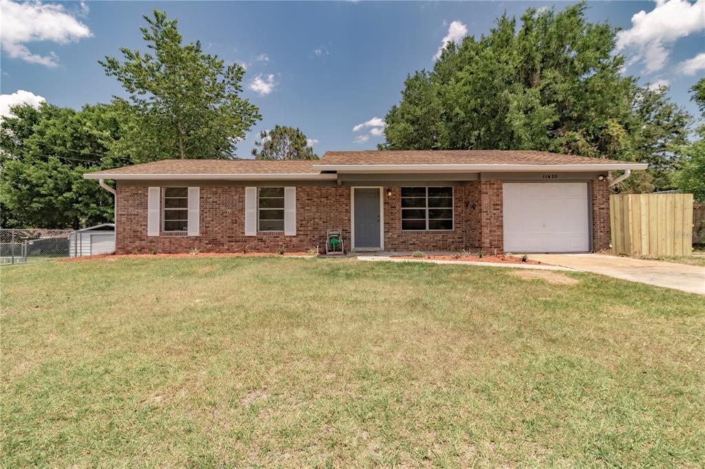 11625 SE 129TH LANE Property Photo - OCKLAWAHA, FL real estate listing