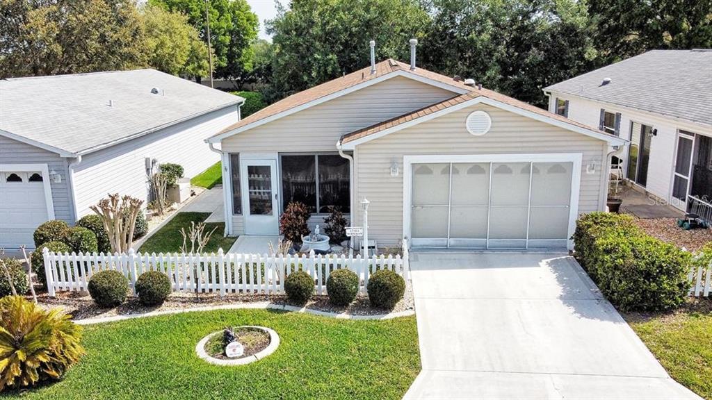 17503 Se 82nd Pecan Terrace Property Photo
