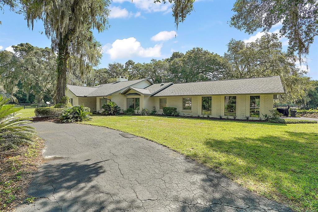 12943 County Road 245e Property Photo