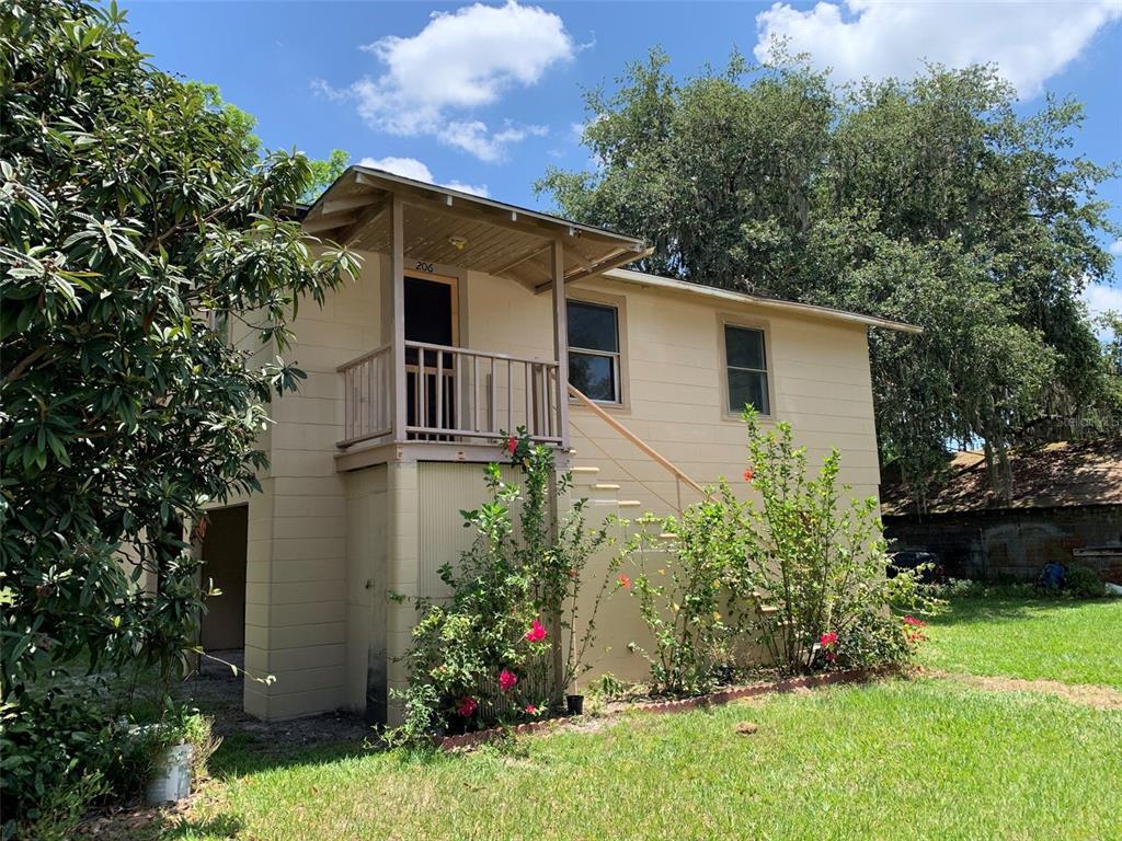 208 Azalea Avenue #206 Property Photo 1
