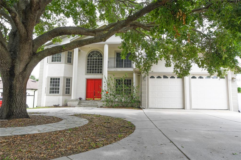 10911 Lakeshore Drive Property Photo 1