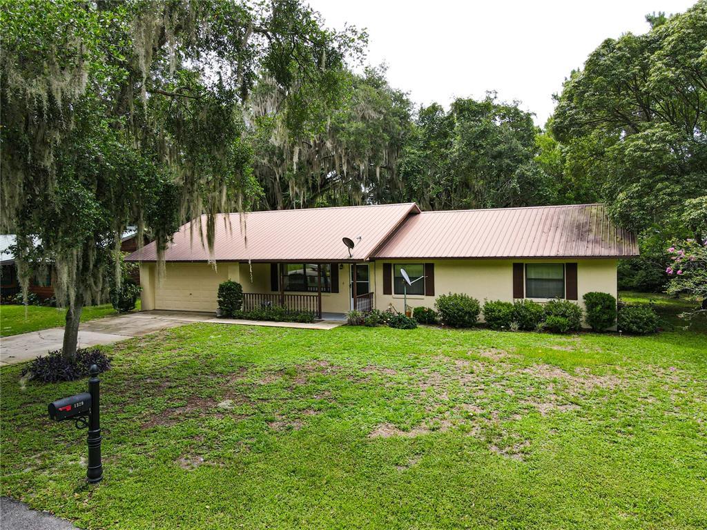 1329 Cr 436 Property Photo
